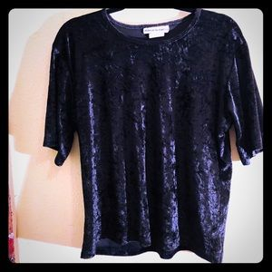 👠NEW ITEM👠EUC VTG 90s crushed black velvet top